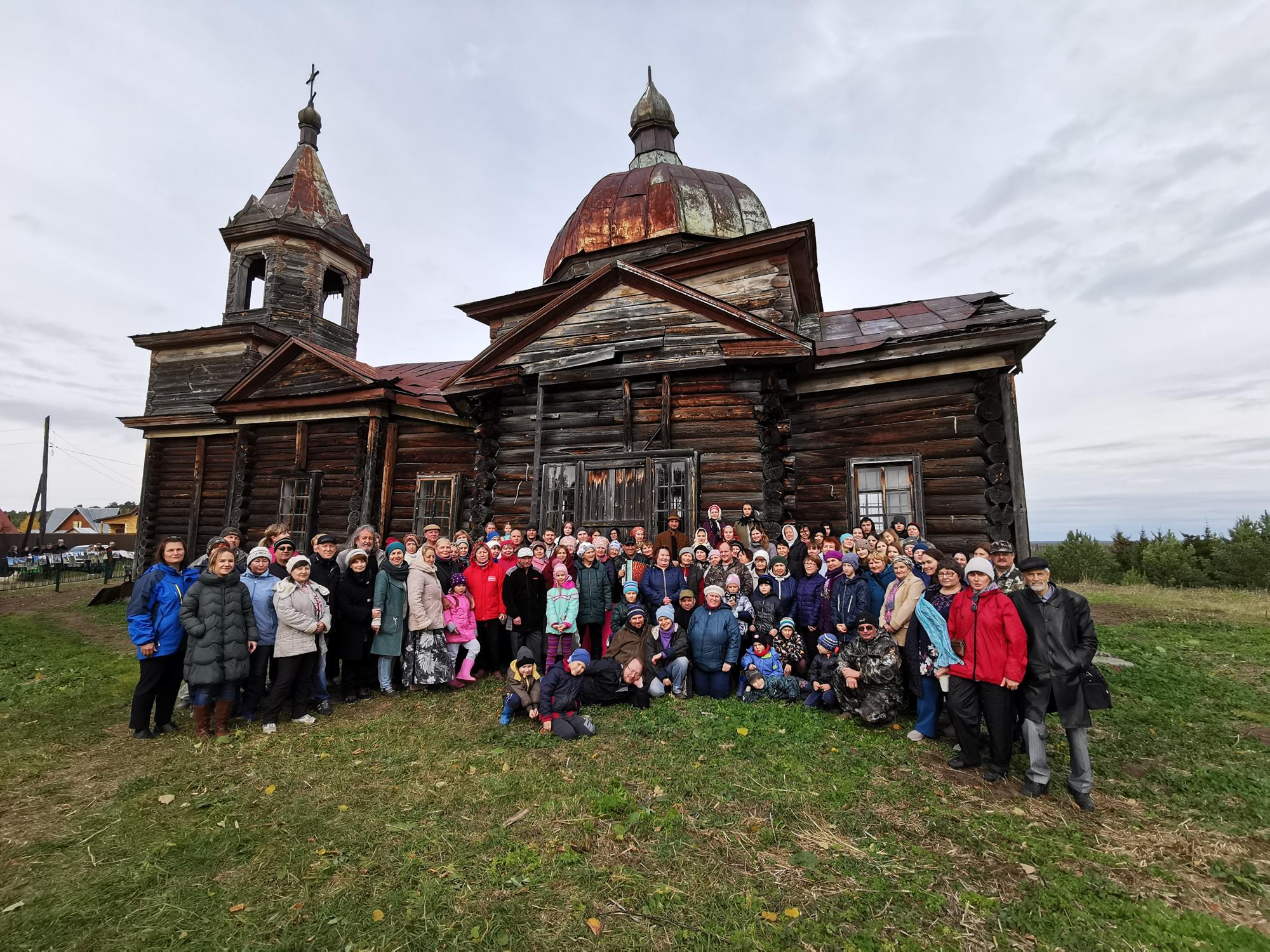 В Томской Области в рамках программы «Волонтёры культуры» завершился проект по благоустройству территории храмового комплекса